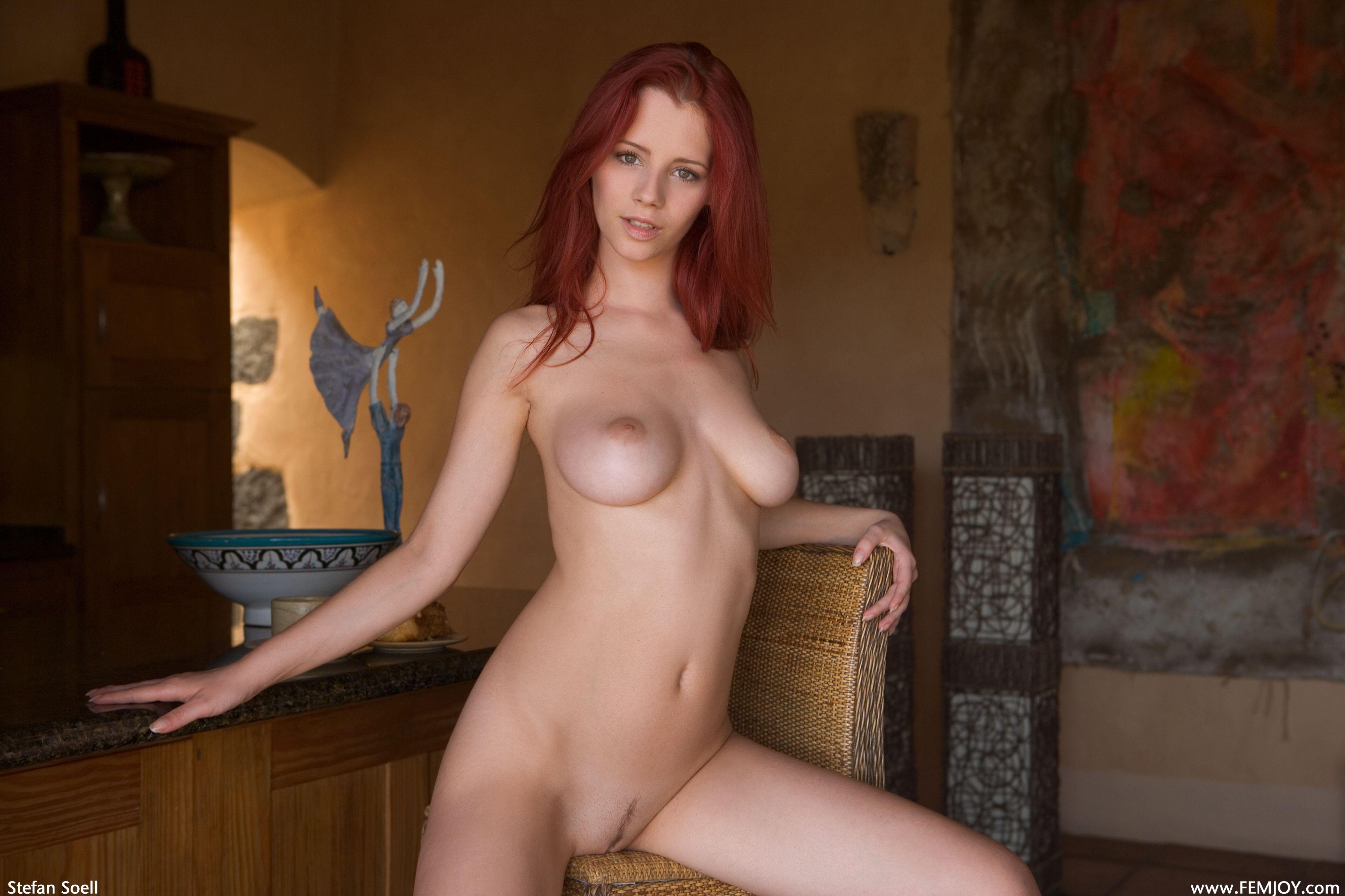 Рыжая девушка с зелеными глазами секс 10 фотография