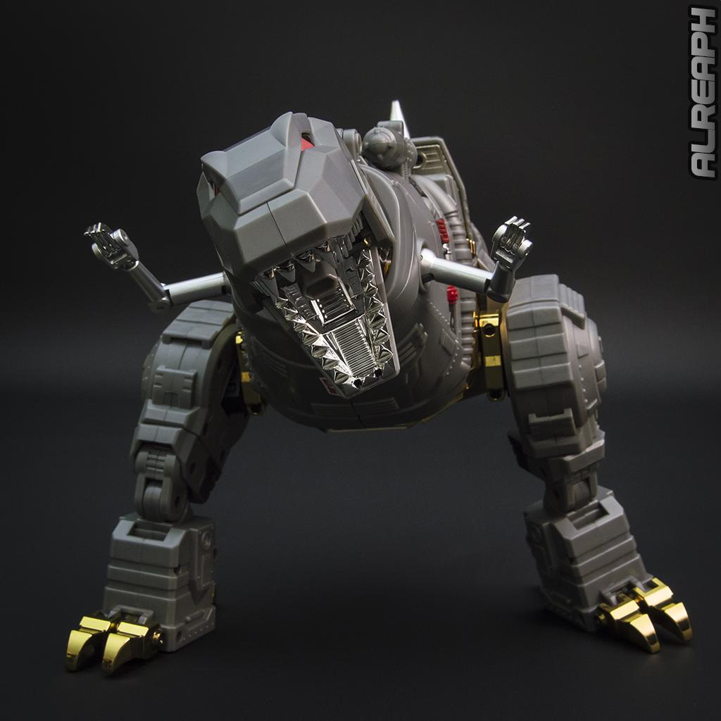 [Fanstoys] Produit Tiers - Dinobots - FT-04 Scoria, FT-05 Soar, FT-06 Sever, FT-07 Stomp, FT-08 Grinder - Page 12 B22MUZde