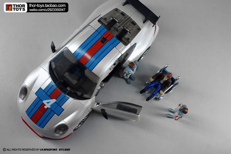 [Generation Toy] Produit Tiers - Jouets TF de la Gamme GT - des BD TF d'IDW - Page 2 NT7Ub5Oa