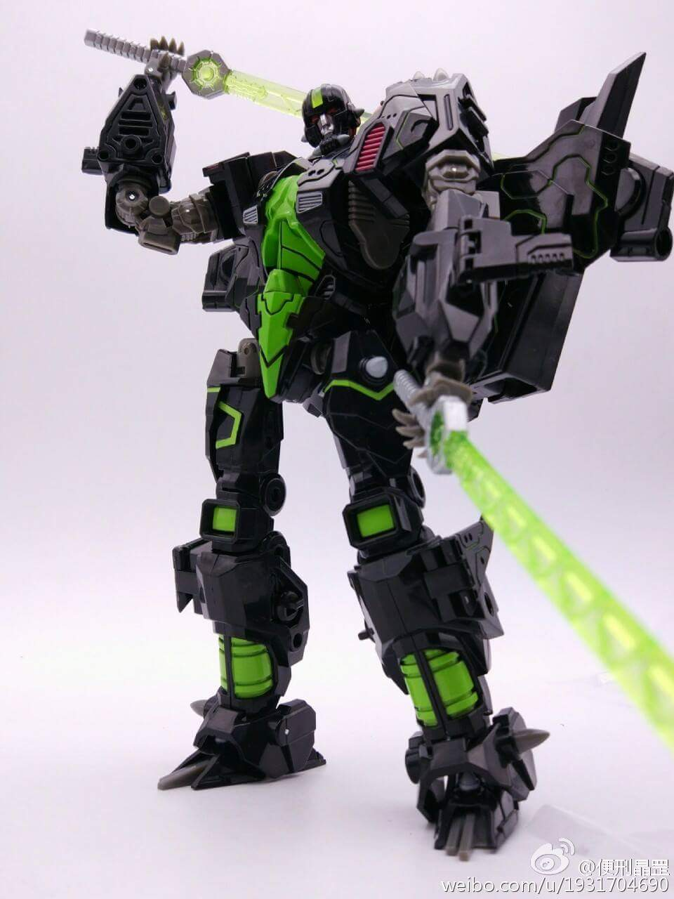 [Mastermind Creations] Produit Tiers - R-15 Jaegertron - aka Lockdown des BD IDW - Page 2 PsYzjtK1