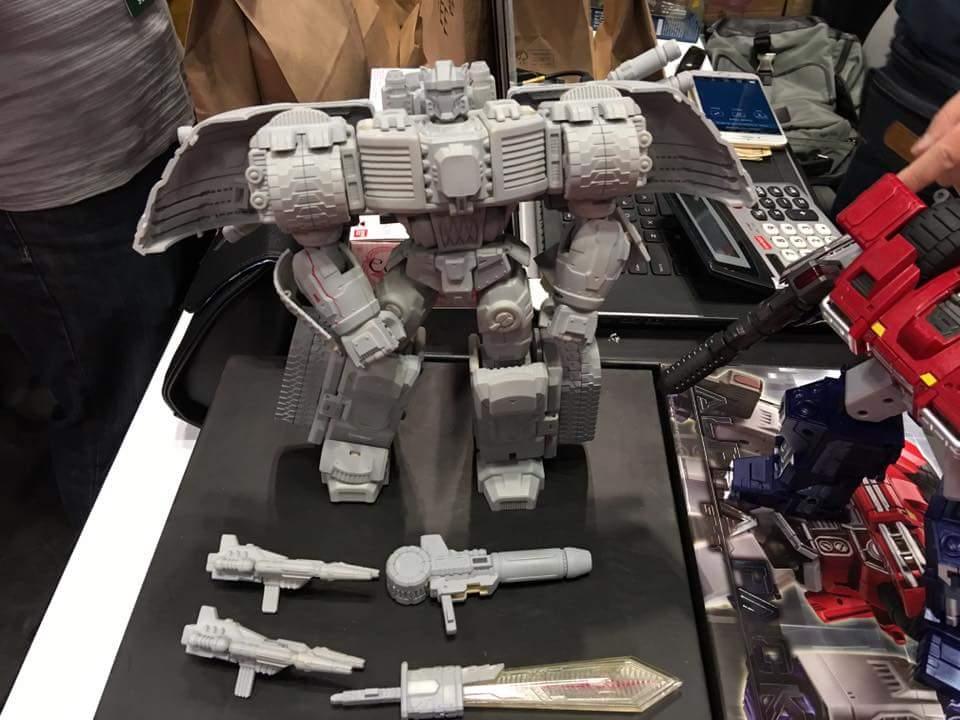 [SparkToys] Produit Tiers - ST - aka War Within: Optimus, Mégatron, Grimlock/La Menace, etc - Page 2 EFFnBxpC