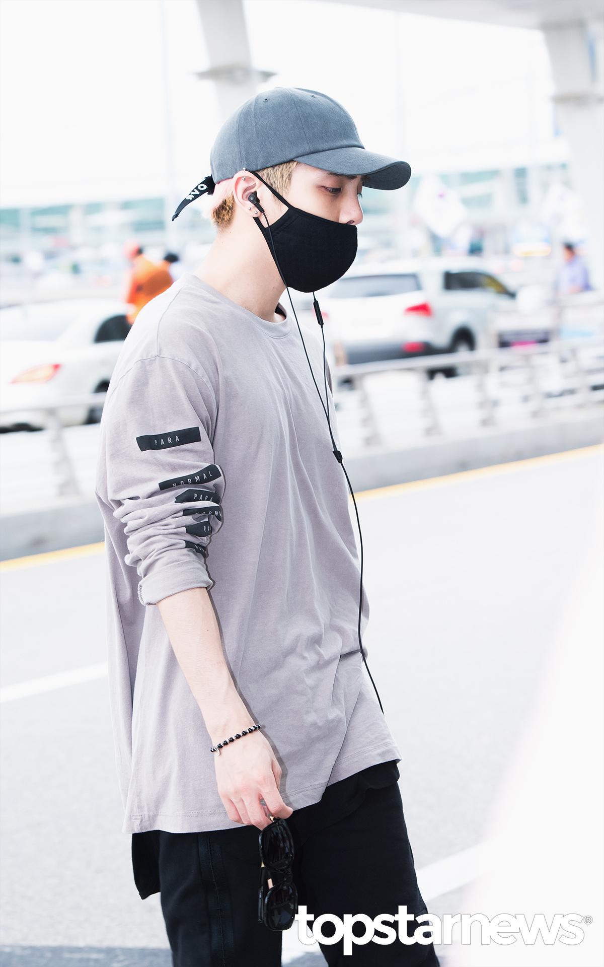 [IMG/160715] Jonghyun, Key @ Aeropuerto Incheon hacia Japón. HHrnRc8B