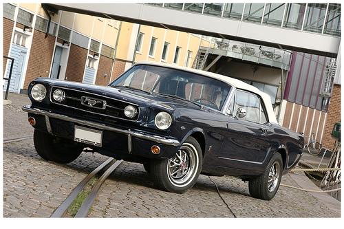 Classic Cars: Classic car dealers in southern california