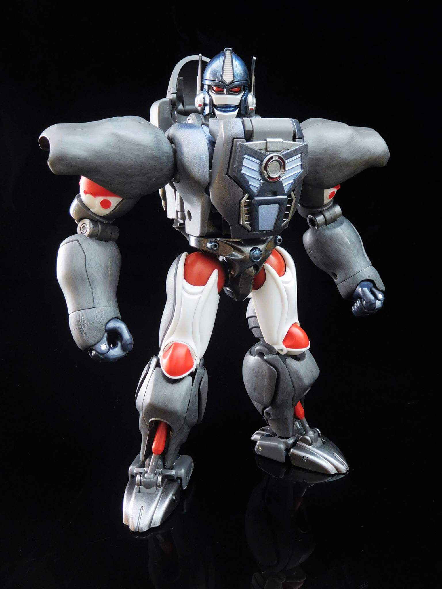 [Masterpiece] MP-32, MP-38 Optimus Primal et MP-38+ Burning Convoy (Beast Wars) - Page 3 0pW6aUKE