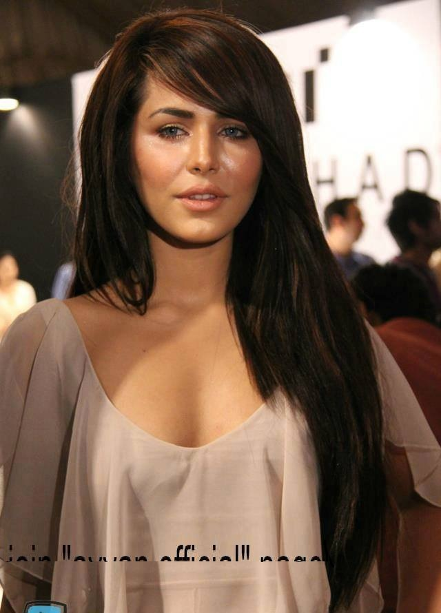Ayyan - top model of Pakistan - Page 3 AcnkSo1c