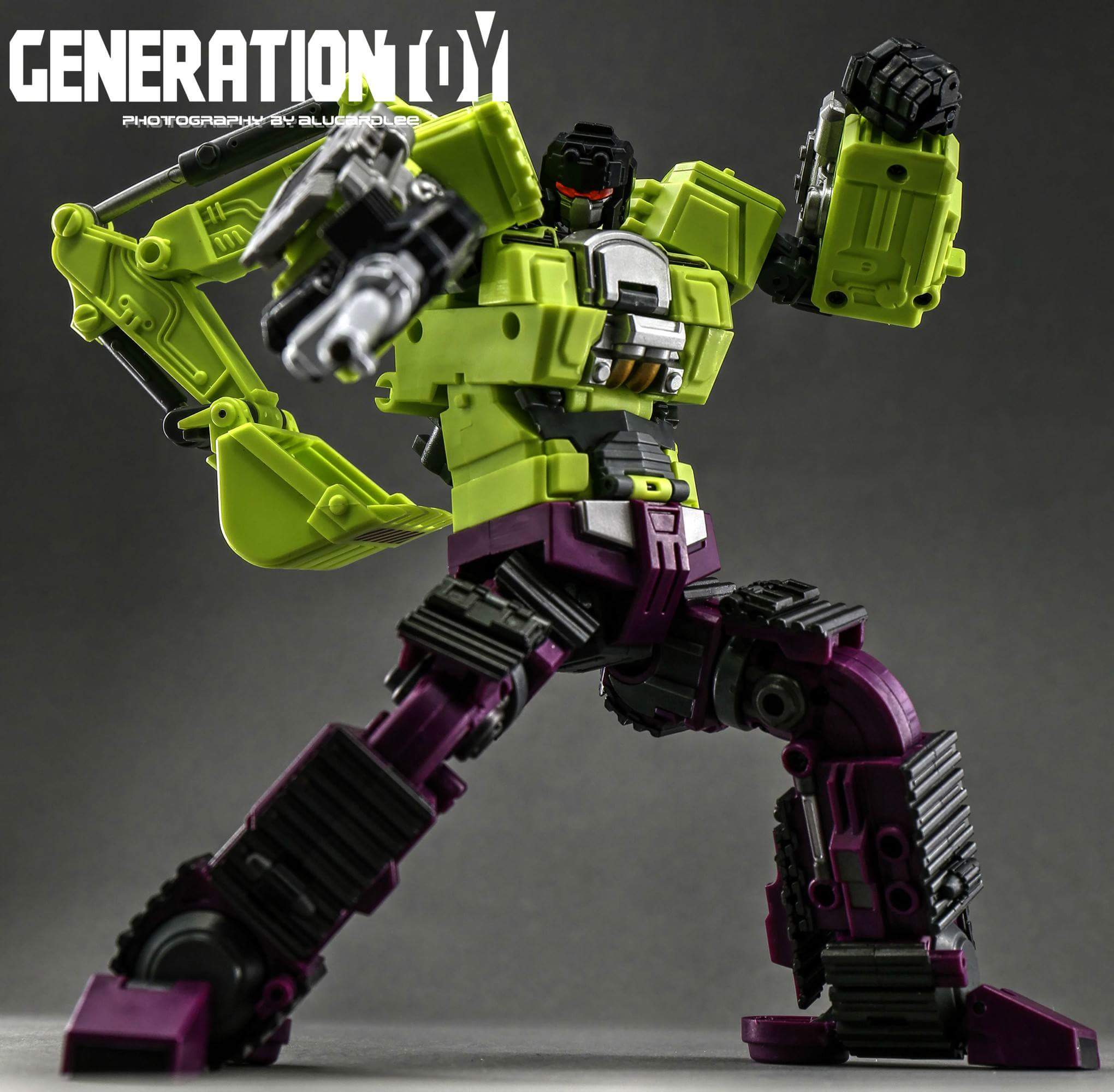 [Generation Toy] Produit Tiers - Jouet GT-01 Gravity Builder - aka Devastator/Dévastateur - Page 3 E0OQmwKp