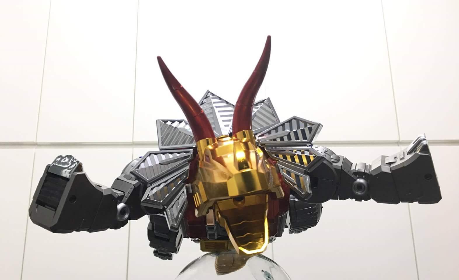 [GigaPower] Produit Tiers - Jouets HQ-01 Superator + HQ-02 Grassor + HQ-03 Guttur + HQ-04 Graviter + HQ-05 Gaudenter - aka Dinobots - Page 4 QKoe7Gfe