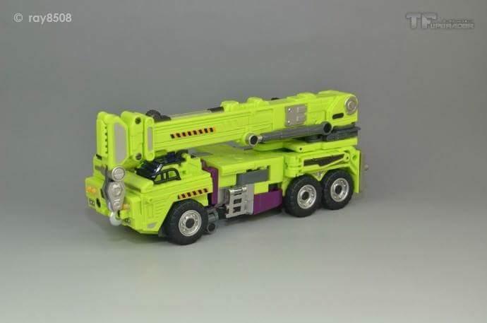 [Generation Toy] Produit Tiers - Jouet GT-01 Gravity Builder - aka Devastator/Dévastateur - Page 4 NhZYzpDK