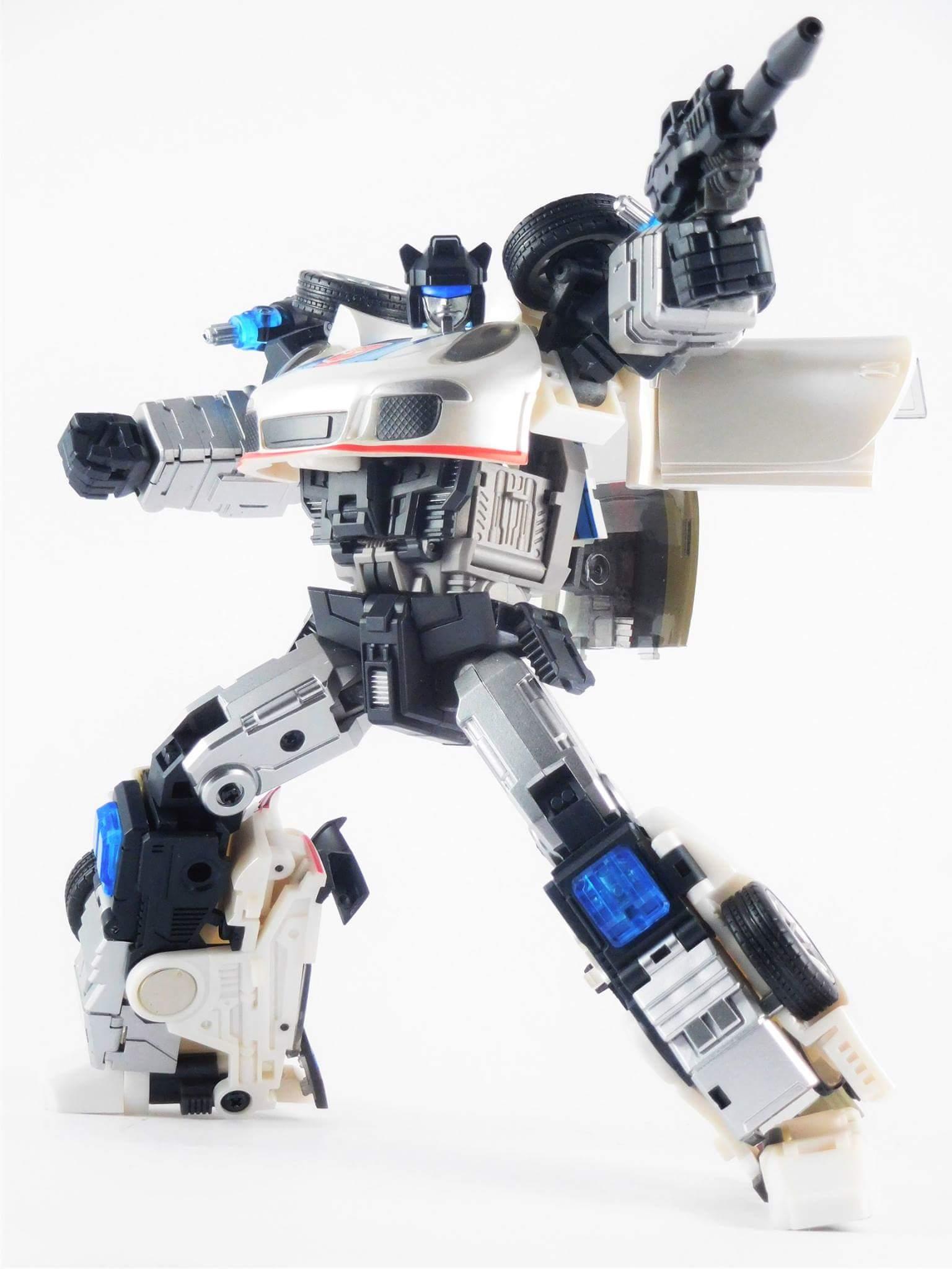 [Generation Toy] Produit Tiers - Jouets TF de la Gamme GT - des BD TF d'IDW - Page 2 SPAx8TRF