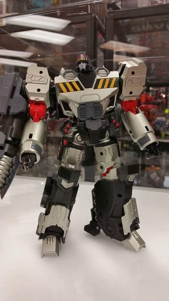 [Mastermind Creations] Produit Tiers - Reformatted R-28 Tyrantron - aka Megatron des BD IDW 2FS6xGdX