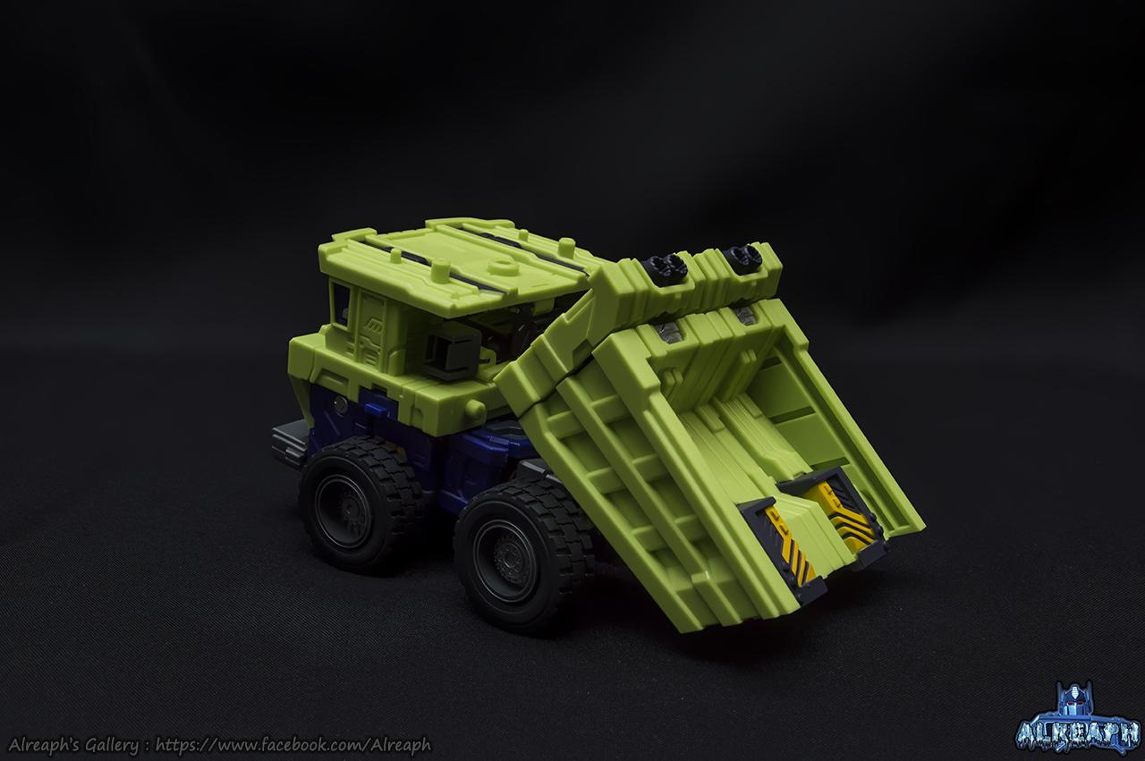 [Toyworld] Produit Tiers - Jouet TW-C Constructor aka Devastator/Dévastateur (Version vert G1 et jaune G2) - Page 7 QYZtUR2p