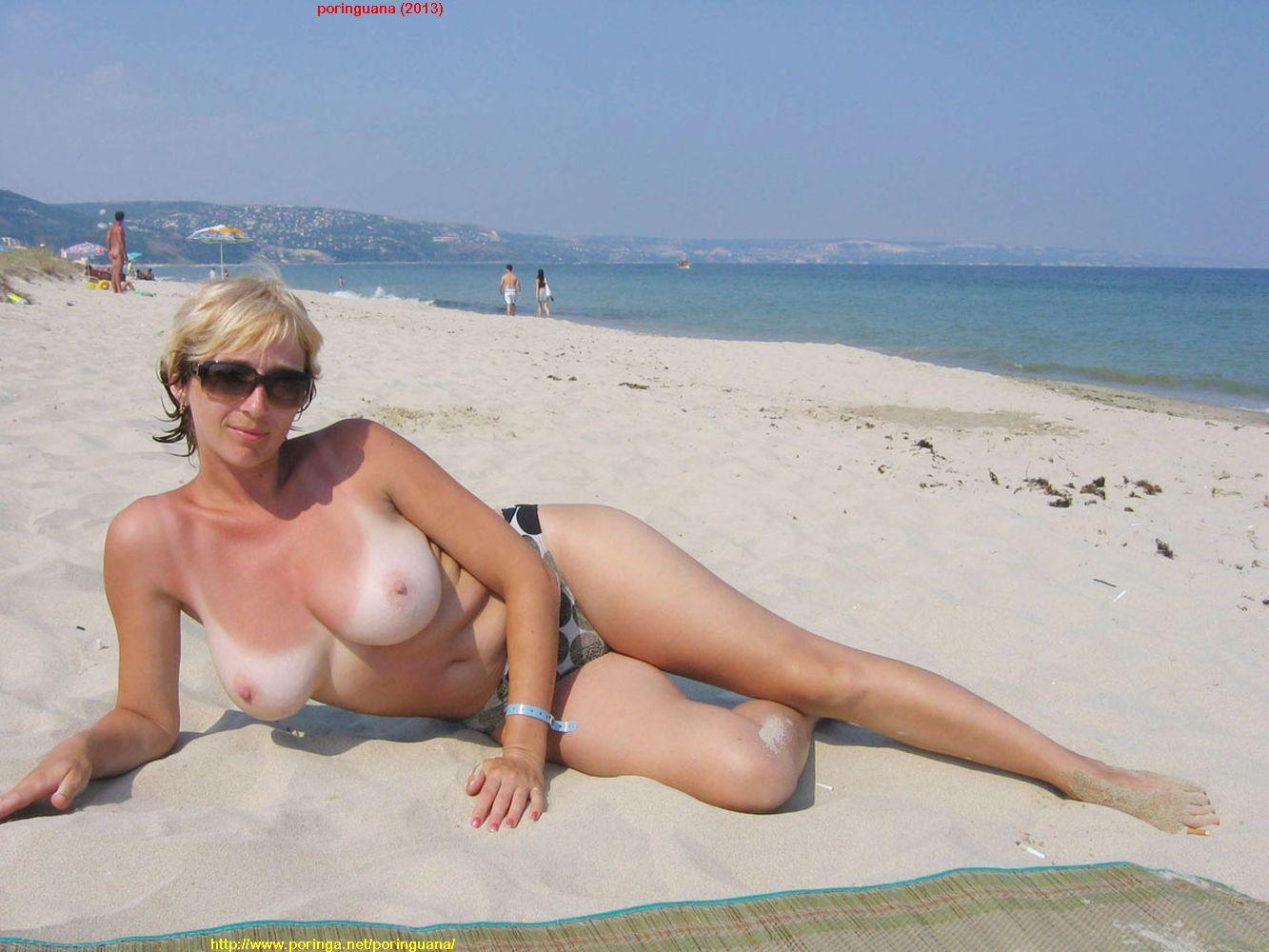 Фото мамки на пляже 25 фотография