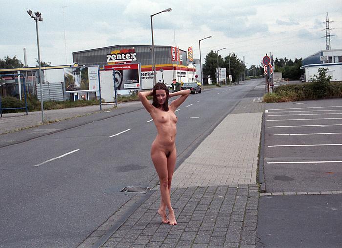 Video de chicas desnudas al aire libre