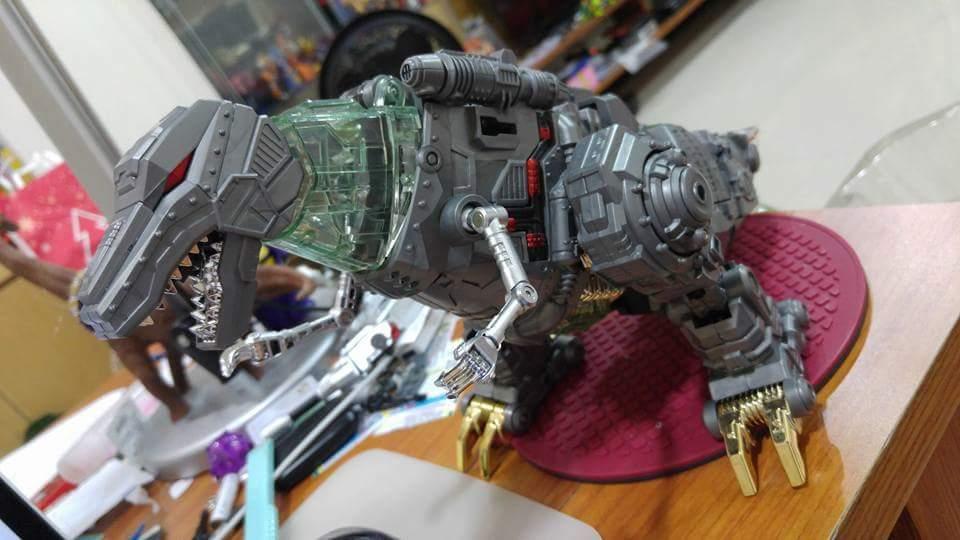 [GCreation] Produit Tiers - Jouet ShuraKing - aka Combiner Dinobots - Page 3 7Bsd9269