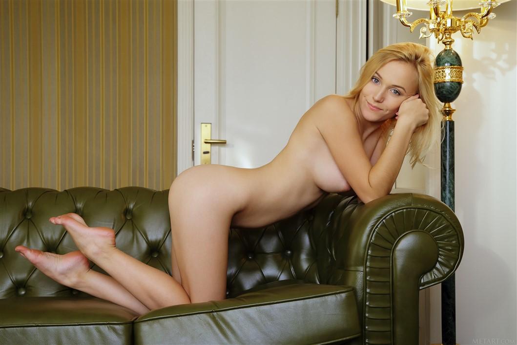 Joanna angel amp romi rain eagerly share huge bbc 3