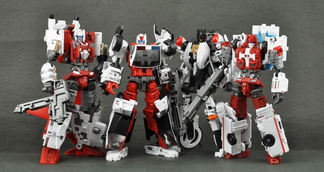 [MakeToys] Produit Tiers - Jouet MTCM-04 Guardia (aka Protectobots - Defensor/Defenso) - Page 3 ICXAeqtq