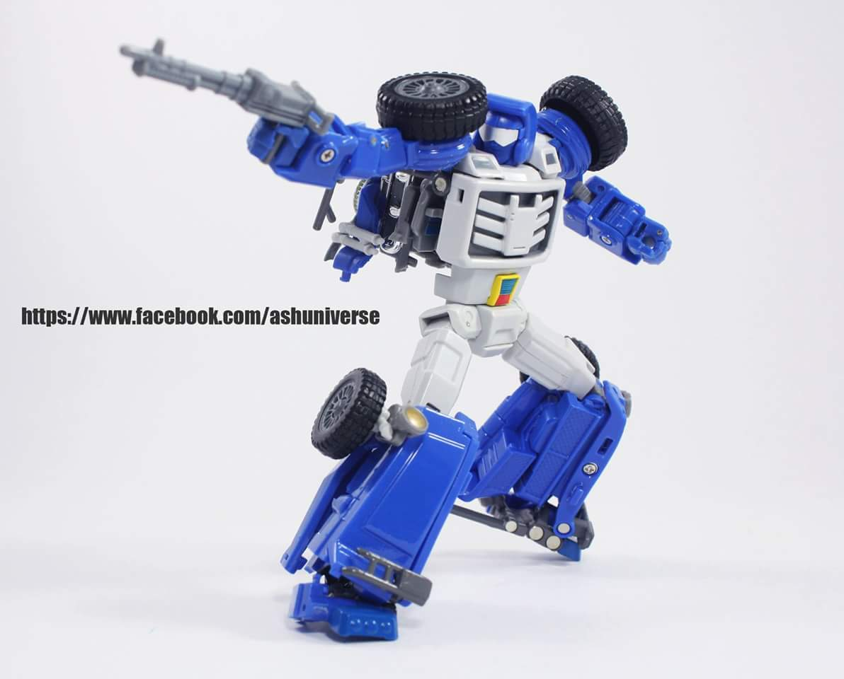 [X-Transbots] Produit Tiers - Minibots MP - Gamme MM - Page 6 PipQrPKO