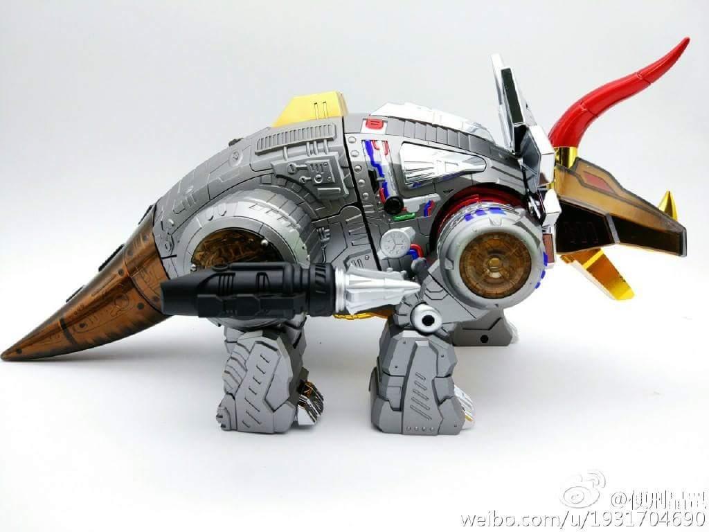 [GigaPower] Produit Tiers - Jouets HQ-01 Superator + HQ-02 Grassor + HQ-03 Guttur + HQ-04 Graviter + HQ-05 Gaudenter - aka Dinobots - Page 4 U41j63Ps
