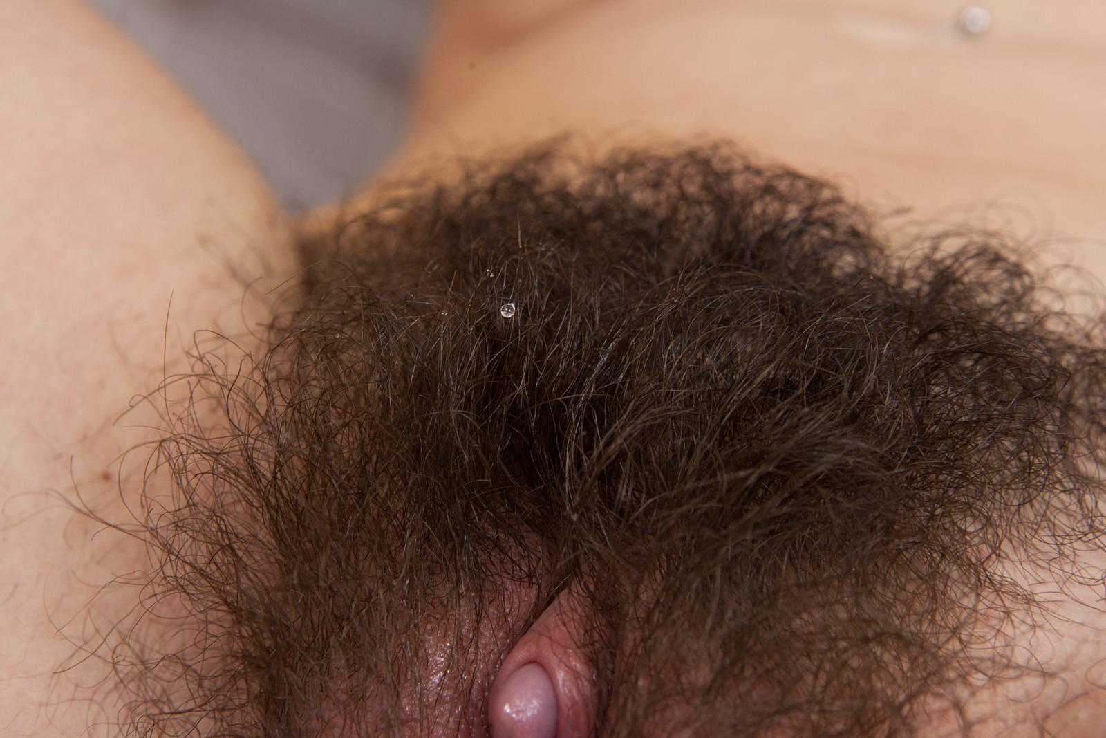 Молодой грудастой самые длинные волосатые пизда группой сауне
