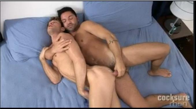 Gay roto travieso
